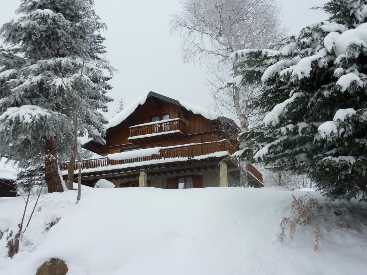 Chalet à Bonascre sous la neige